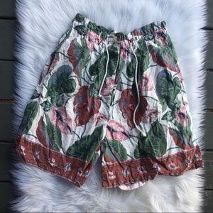 VTG Plant / Leaf Print Highwaisted Cotton Shorts